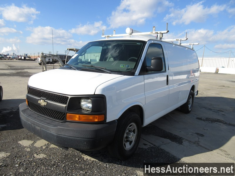 USED 2007 CHEVROLET EXPRESS MINI VAN PASSENGER VEHICLE #35893-1