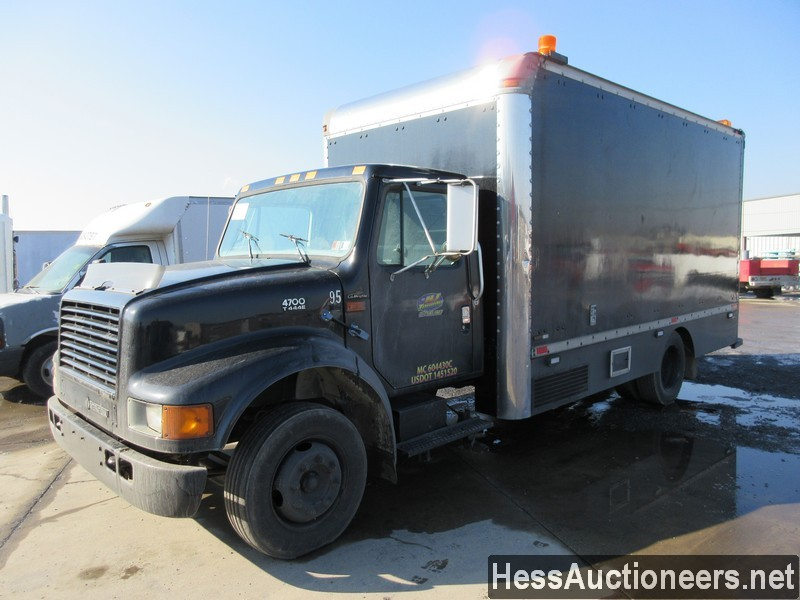 USED 1998 INTERNATIONAL 4700 BOX VAN TRUCK TRAILER #36093