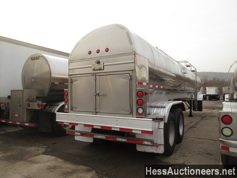 USED 2000 WALKER . TANK TRAILER #36173-3