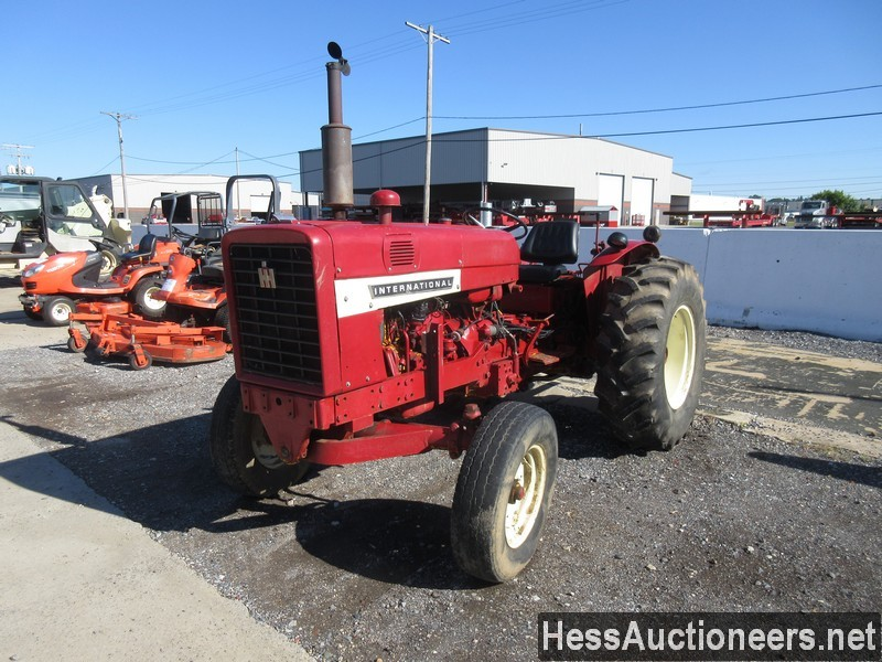 USED2000INTERNATIONAL544TRACTOR #38540