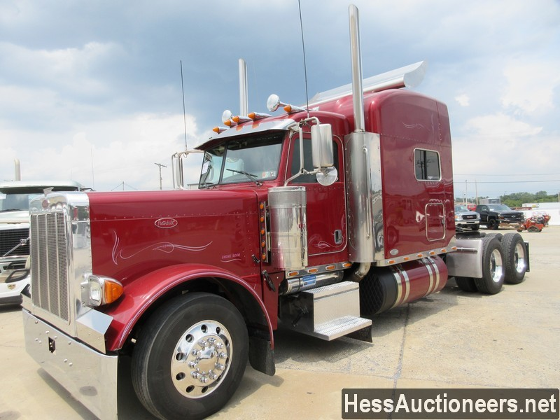 USED 2007 PETERBILT 379 TANDEM AXLE SLEEPER TRAILER #38939