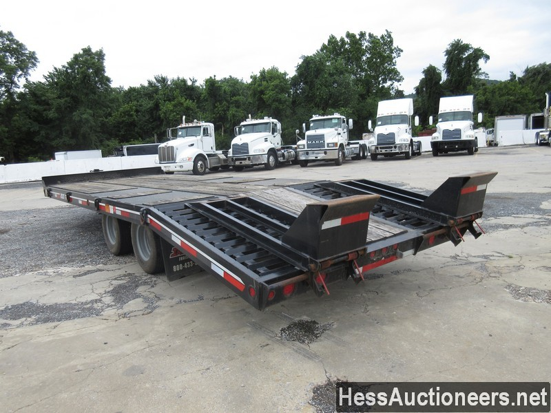 USED 2017 INTERSTATE 20DT TAG TRAILER #39016-4
