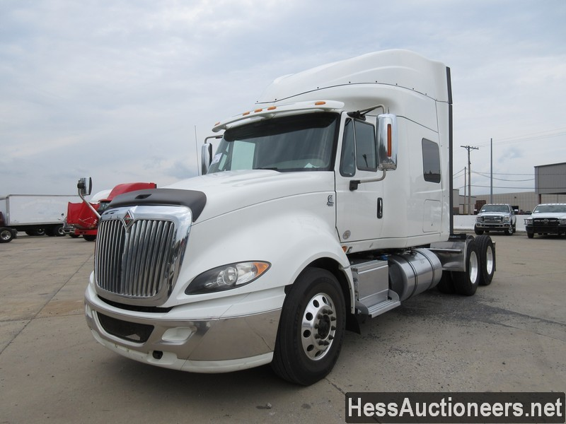 USED 2015 INTERNATIONAL PROSTAR + TANDEM AXLE SLEEPER TRAILER #39172