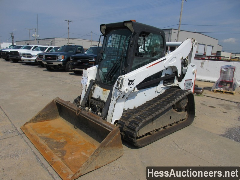 USED 2012 BOBCAT T750 SKID LOADER EQUIPMENT #39500