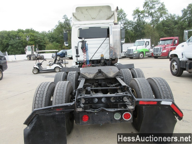 USED 2009 INTERNATIONAL 8600 TANDEM AXLE DAYCAB TRAILER #41493-17