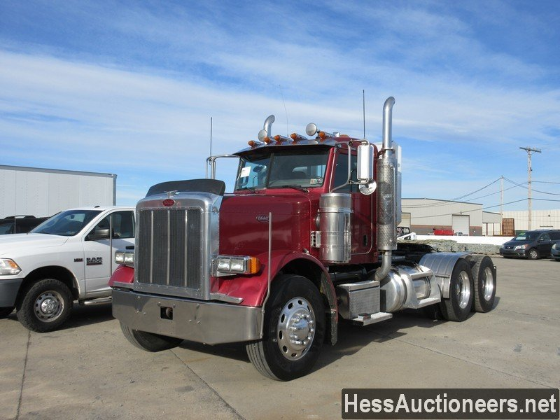 USED 2006 PETERBILT 379 TANDEM AXLE DAYCAB TRAILER #42020