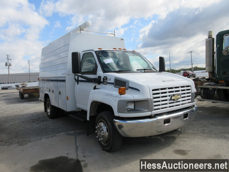 USED 2004 CHEVROLET 4500 SERVICE - UTILITY TRUCK TRAILER #44187-2
