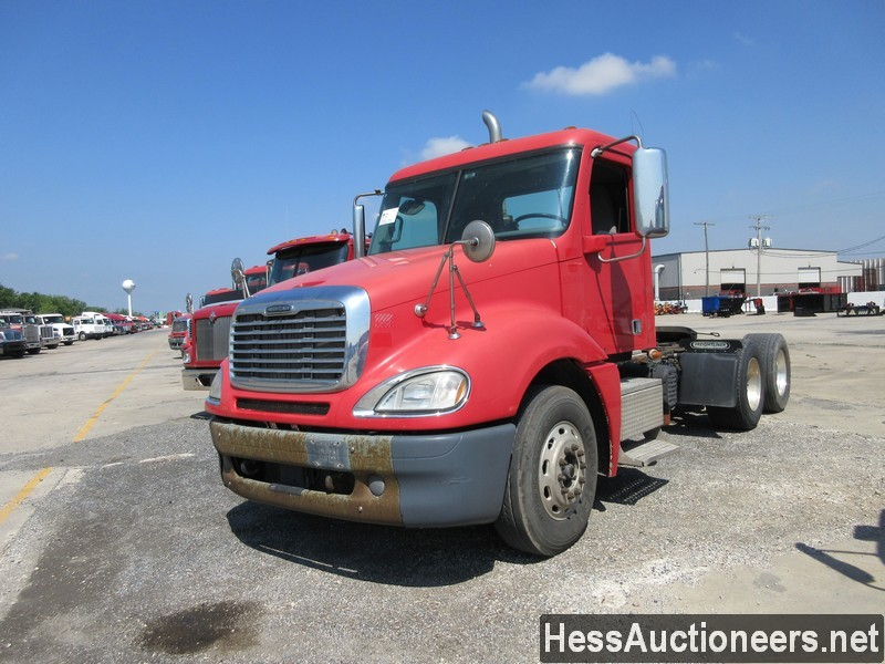 USED 2013 FREIGHTLINER COLUMBIA TANDEM AXLE DAYCAB TRAILER #44488