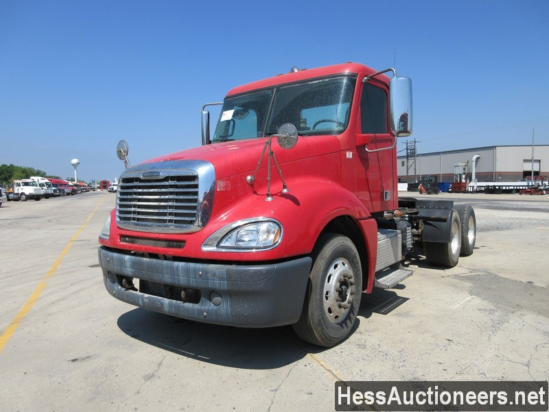 USED 2013 FREIGHTLINER COLUMBIA TANDEM AXLE DAYCAB TRAILER #44490