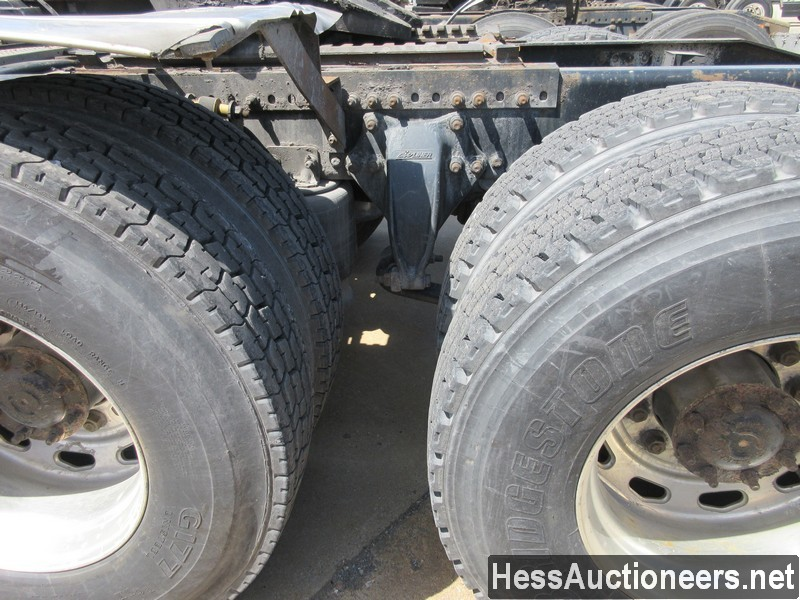 USED 2010 FREIGHTLINER CASCADIA TANDEM AXLE DAYCAB TRAILER #44565-16