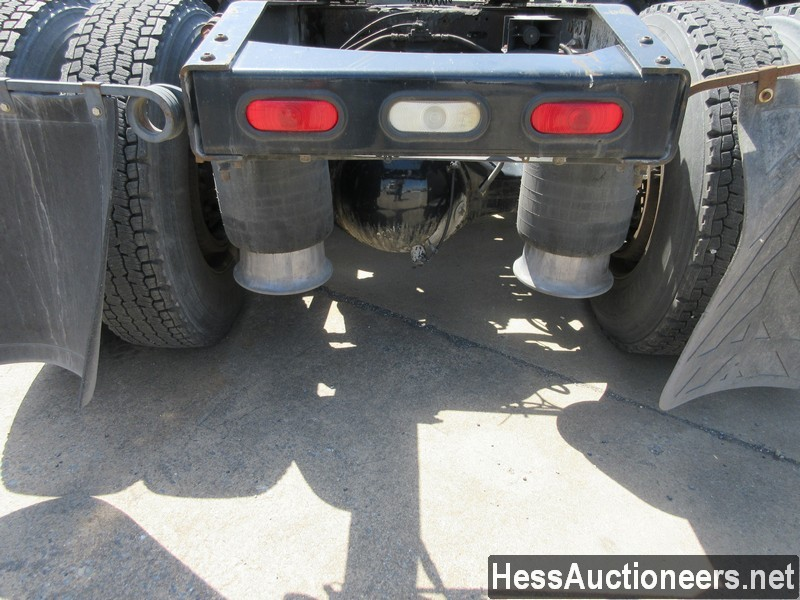 USED 2010 FREIGHTLINER CASCADIA TANDEM AXLE DAYCAB TRAILER #44565-17