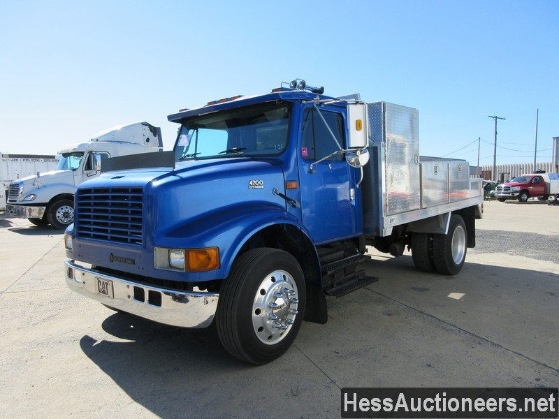 USED 1999 INTERNATIONAL 4700 SERVICE - UTILITY TRUCK TRAILER #44573
