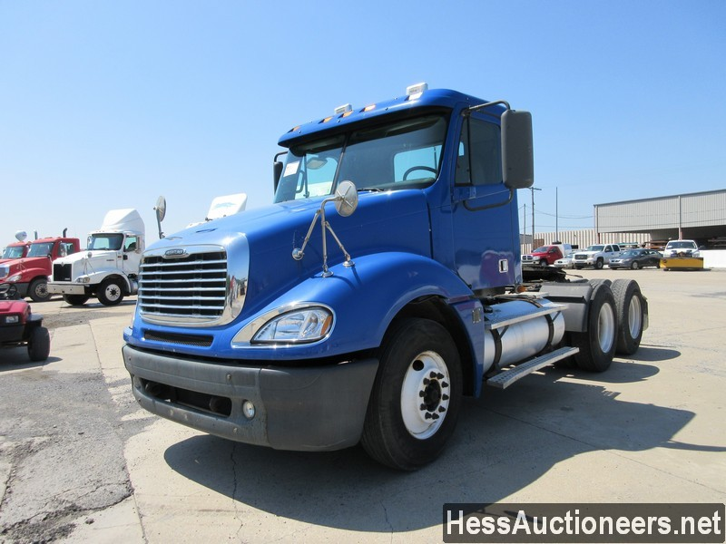 USED 2007 FREIGHTLINER CL12064ST TANDEM AXLE DAYCAB TRAILER #44690