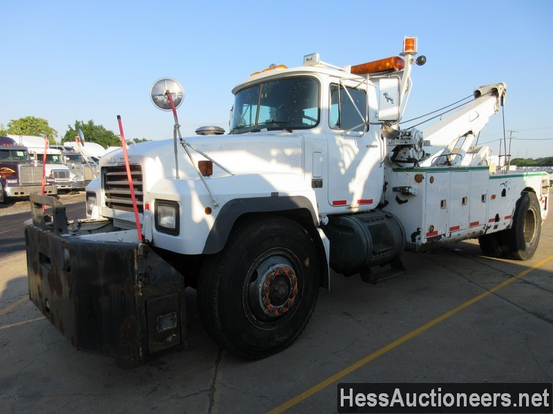 USED 2004 MACK RD688P WRECKER TOW TRUCK TRAILER #46260-1