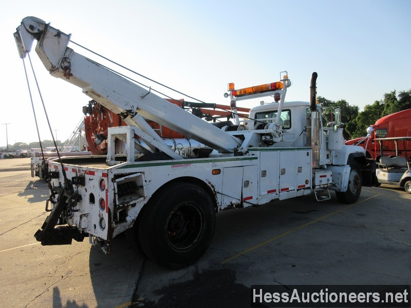 USED 2004 MACK RD688P WRECKER TOW TRUCK TRAILER #46260-3