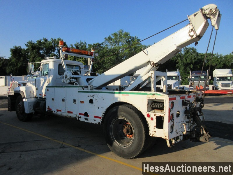 USED 2004 MACK RD688P WRECKER TOW TRUCK TRAILER #46260-4