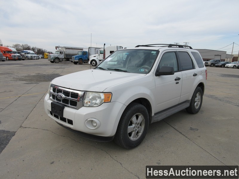 USED 2010 FORD ESCAPE SUV PASSENGER VEHICLE #48044-1