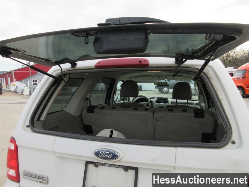 USED 2010 FORD ESCAPE SUV PASSENGER VEHICLE #48044-19