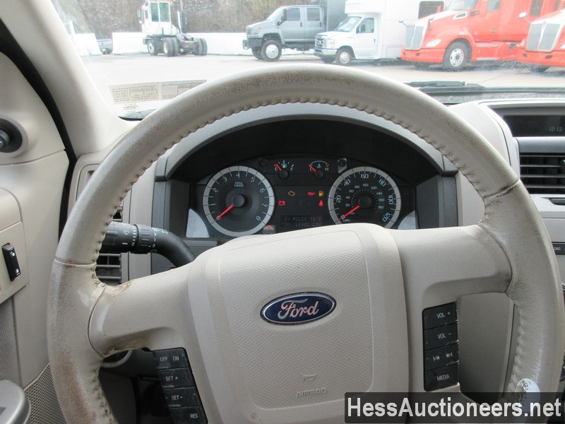 USED 2010 FORD ESCAPE SUV PASSENGER VEHICLE #48044-9