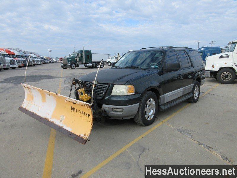 USED 2003 FORD EXPEDITION WITH PLOW SUV PASSENGER VEHICLE #48097