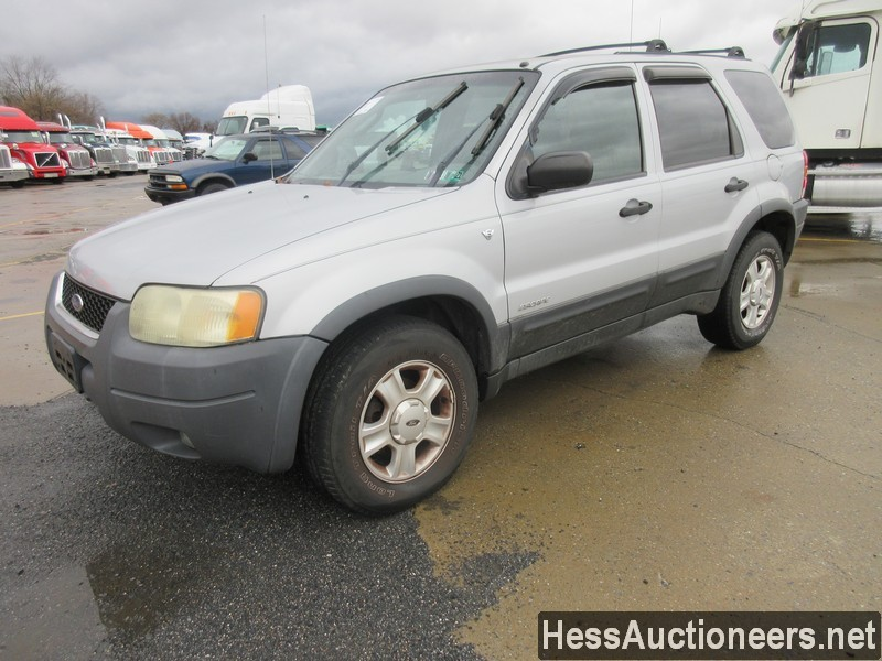 USED 2002 FORD ESCAPE XLT SUV PASSENGER VEHICLE #48202