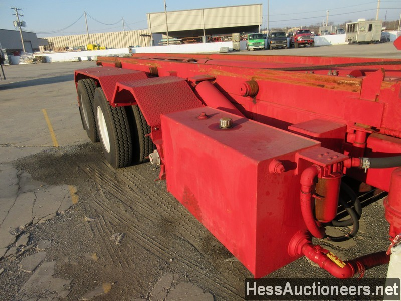 USED 1997 VOLVO . ROLL-OFF TRUCK TRAILER #48798-20