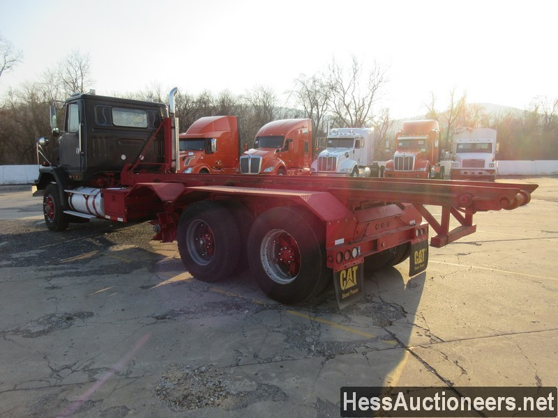 USED 1997 VOLVO . ROLL-OFF TRUCK TRAILER #48798-4