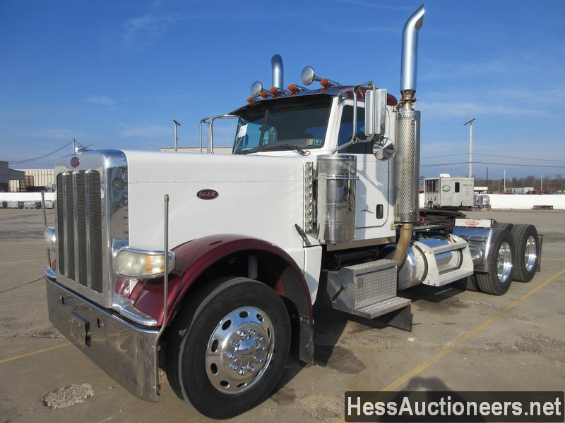 USED 2008 PETERBILT 389 TANDEM AXLE DAYCAB TRAILER #48820