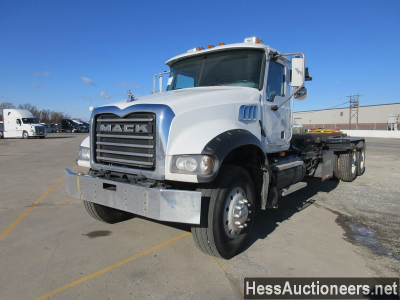 USED 2009 MACK 700 ROLL-OFF TRUCK TRAILER #48838