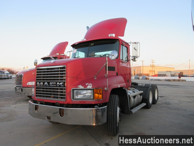 USED 2003 MACK CH TANDEM AXLE DAYCAB TRAILER #48881