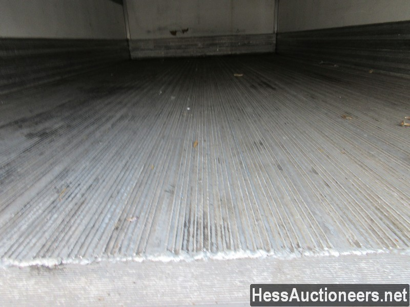 USED 2011 ISUZU NPR REEFER TRUCK TRAILER #49605-20