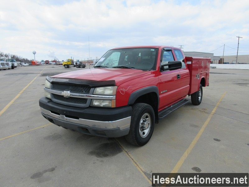 USED 2004 CHEVROLET 2500 SERVICE - UTILITY TRUCK TRAILER #49682
