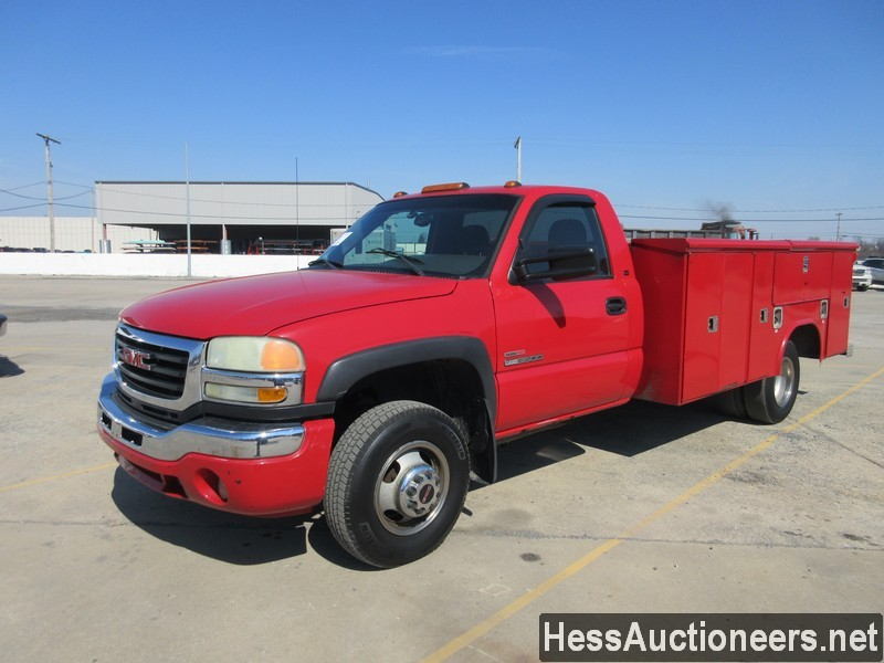 USED 2005 GMC 3500 SERVICE - UTILITY TRUCK TRAILER #49883