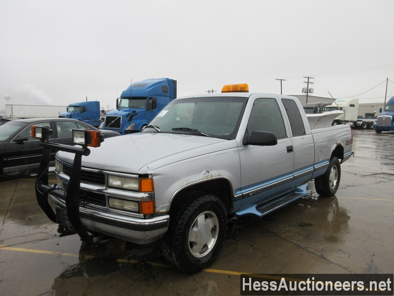 USED 1997 CHEVROLET 1500 4WD 1/2 TON PICKUP TRUCK TRAILER #50037