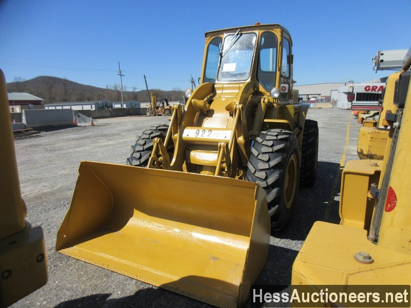 USED 1960 CAT 922 WHEEL LOADER EQUIPMENT #51075-15