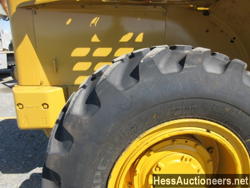 USED 1960 CAT 922 WHEEL LOADER EQUIPMENT #51075-4