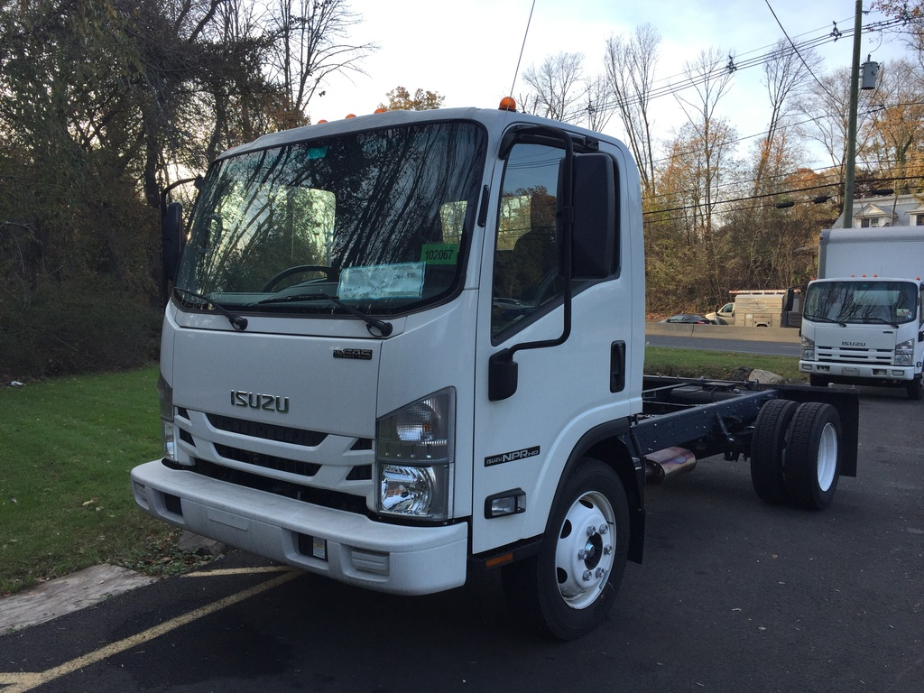NEW 2017 ISUZU NPR-HD GAS CAB CHASSIS TRUCK #1129
