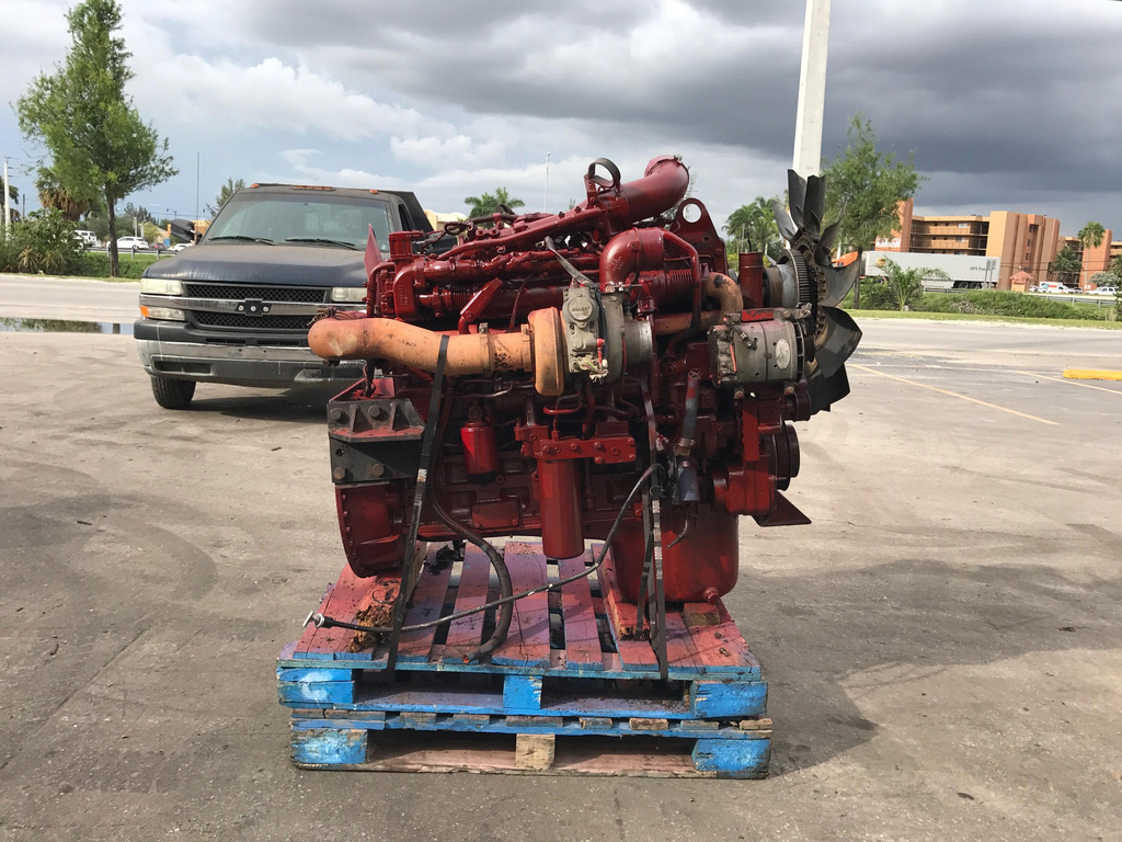 USED 2007 CUMMINS ISM COMPLETE ENGINE TRUCK PARTS #1716