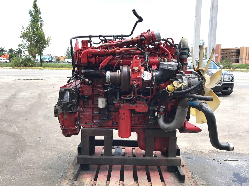 USED 2008 CUMMINS ISM COMPLETE ENGINE TRUCK PARTS #1762