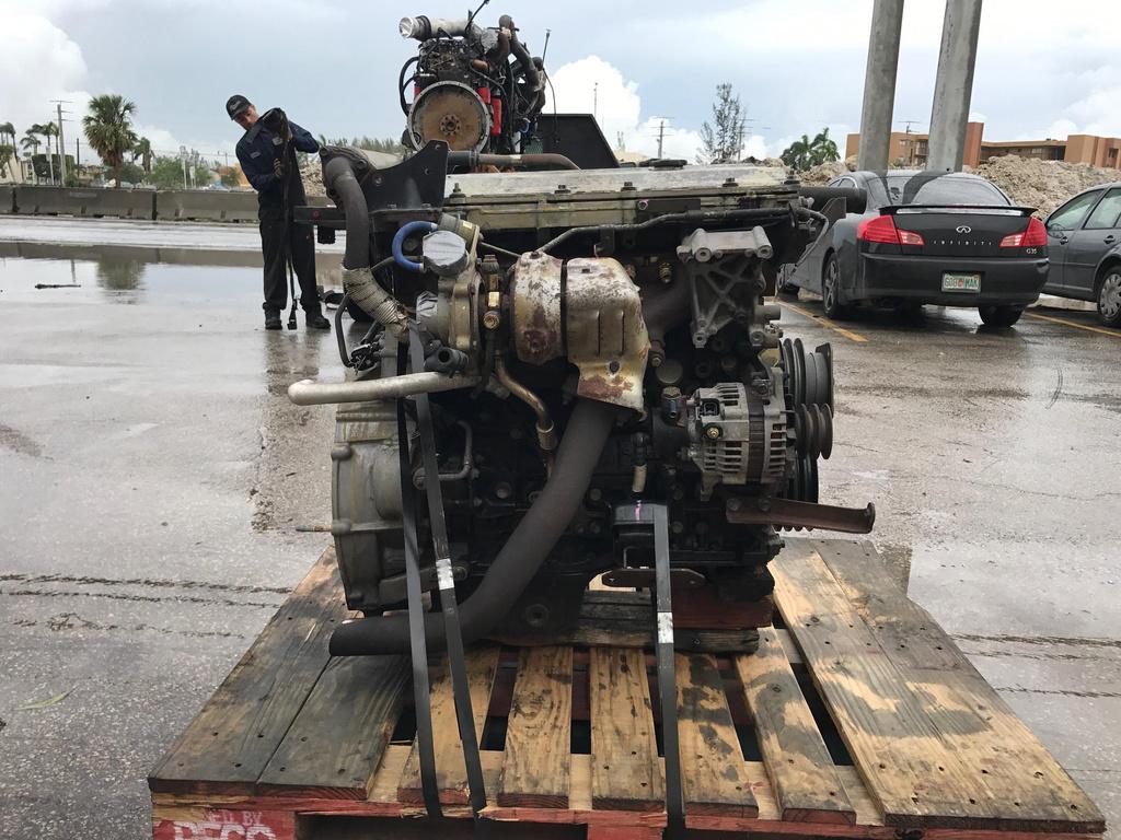 USED 2005 ISUZU 4HK1TC COMPLETE ENGINE TRUCK PARTS #1797