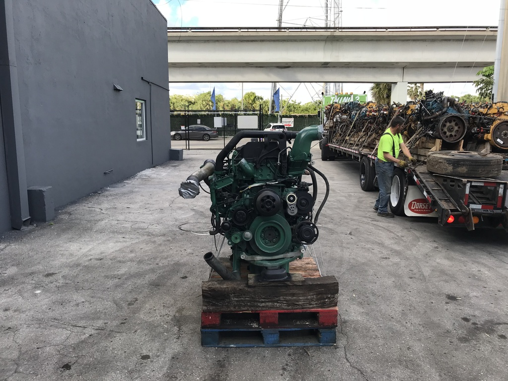 2010 USED VOLVO D13 ENGINE FOR SALE | #1367