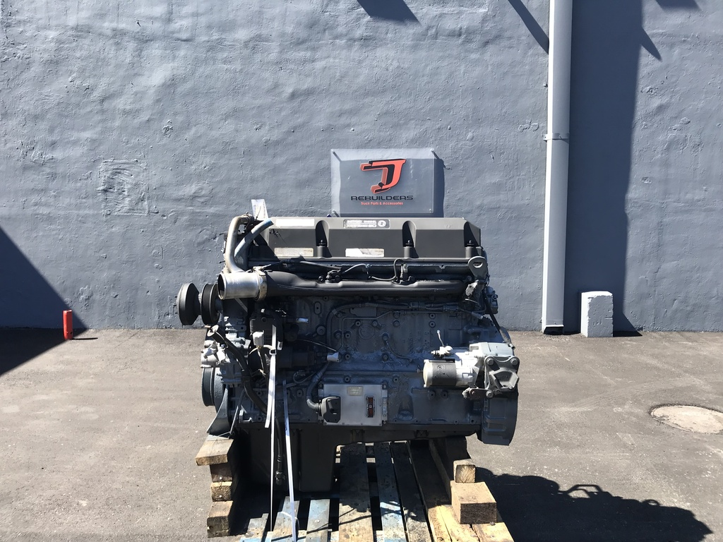 USED 2004 DETROIT SERIES 60 12.7 COMPLETE ENGINE TRUCK PARTS #1907