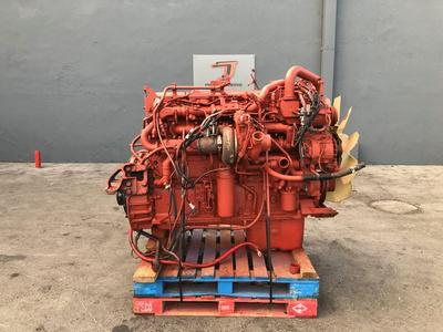 2013 CUMMINS ISX15 Complete Engine #2164