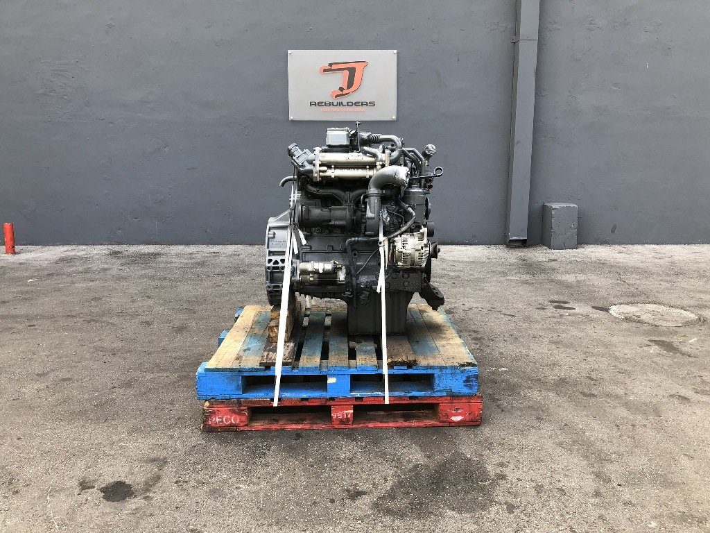 USED 2005 MERCEDES-BENZ OM924LA COMPLETE ENGINE TRUCK PARTS #2236