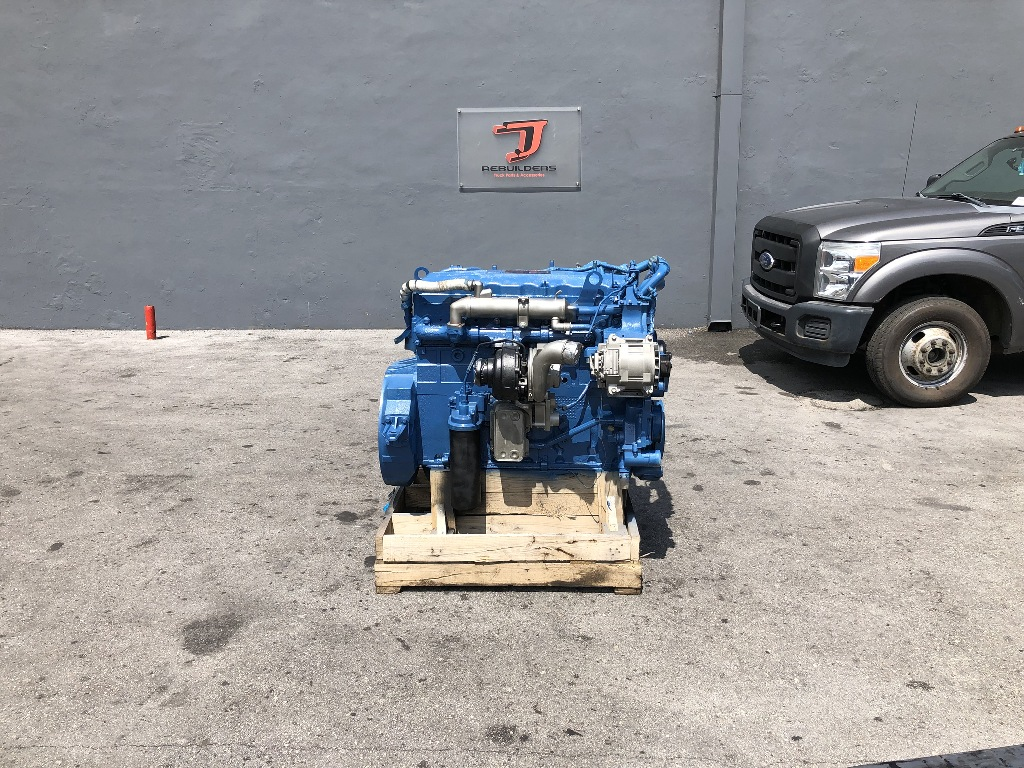 USED 2006 INTERNATIONAL DT466E COMPLETE ENGINE TRUCK PARTS #2300
