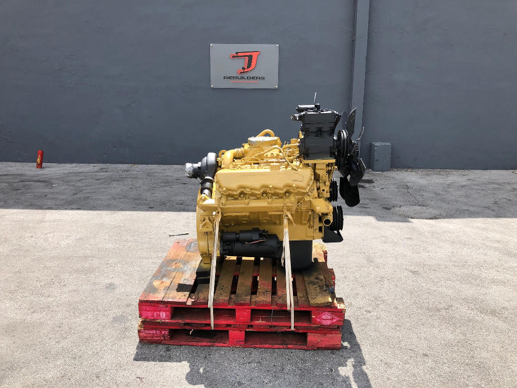 USED 1985 CAT 3208T COMPLETE ENGINE TRUCK PARTS #2363