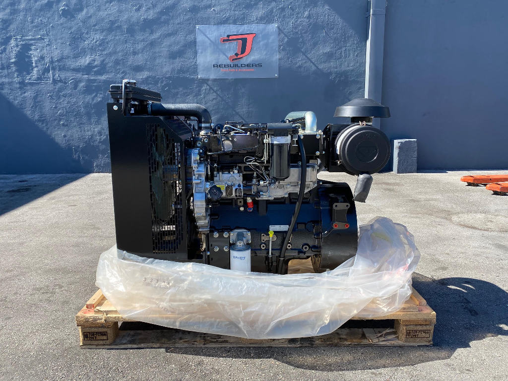 NEW 2018 CAT 3054 C/T COMPLETE ENGINE TRUCK PARTS #2502