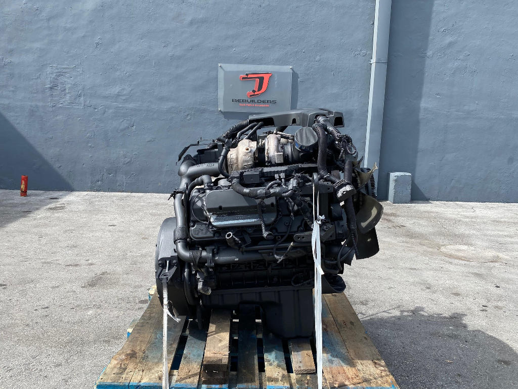 USED 2013 INTERNATIONAL MAXXFORCE 7 COMPLETE ENGINE TRUCK PARTS #2557