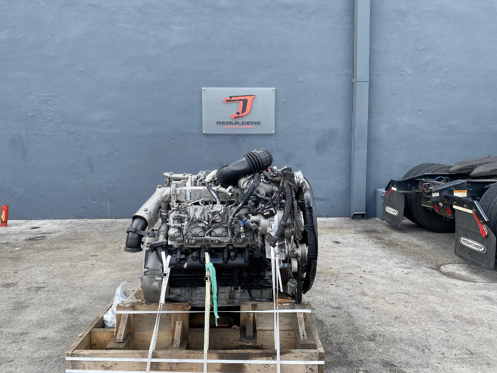 USED 2007 GMC 6.6 DURAMAX LMM COMPLETE ENGINE TRUCK PARTS #2605