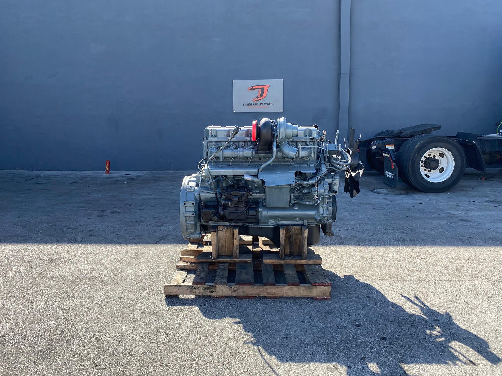 USED 2000 MACK E7 COMPLETE ENGINE TRUCK PARTS #2609